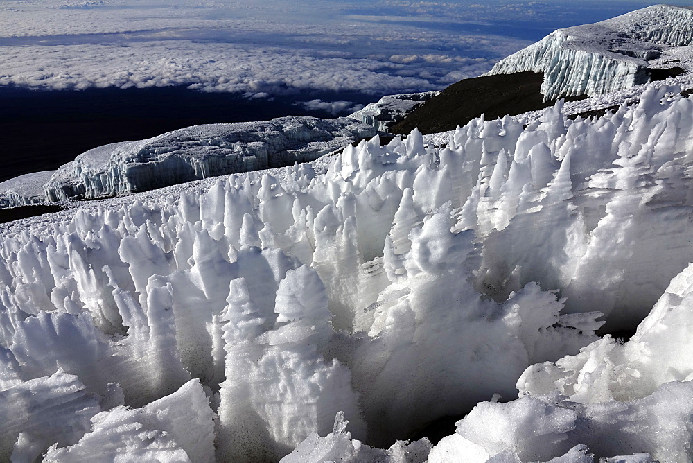 Ice formations on the summit plateau of Uhuru peak, Africa's highest point, Kilimanjaro, UNESCO World Heritage Site, Tanzania, East Africa, Africa - 802-522