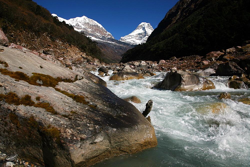 River, high Khumbu, Himalayas, Nepal, Asia - 802-529