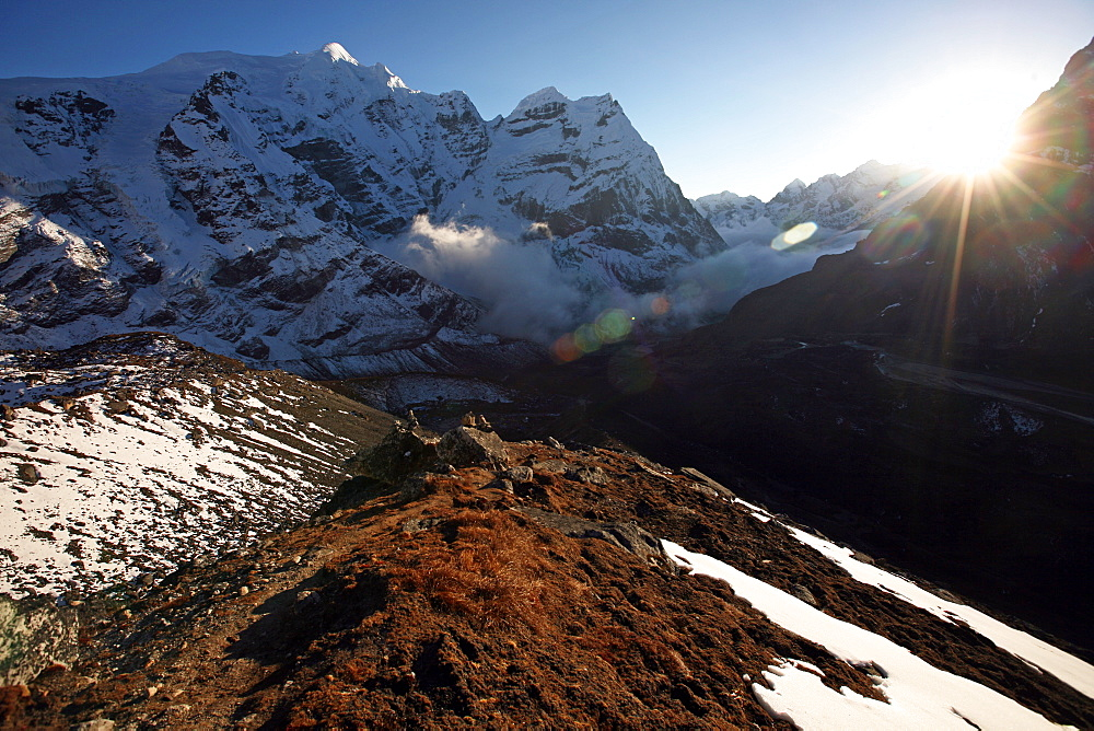 Mountain landscape at 5000 metres, high Khumbu, Himalayas, Nepal, Asia - 802-532