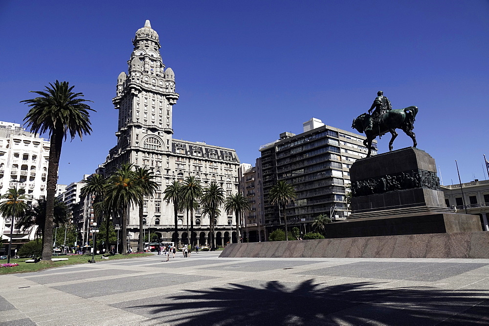 Palacio Salvo and Artigas Mausoleum in Central Montevideo, Uruguay, South America