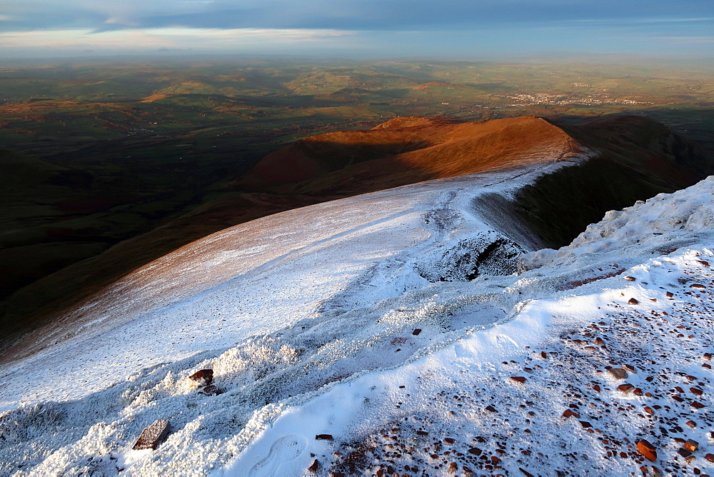 Winter on Pen y Fan, Brecon Beacons, Wales, United Kingdom, Europe
