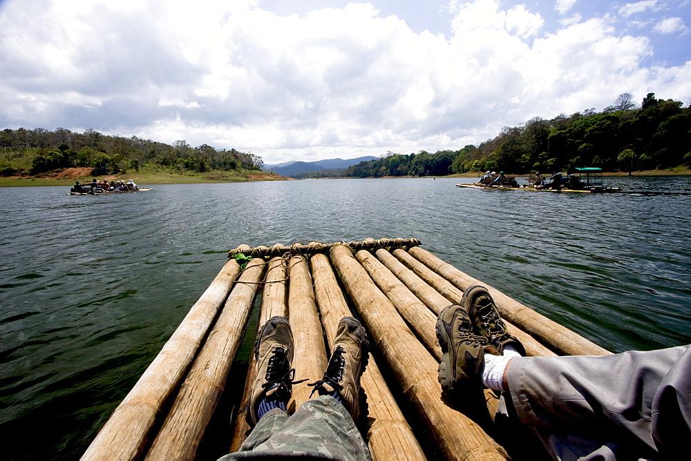 Bamboo rafting, Periyar Tiger Reserve, Thekkady, Kerala, India, Asia - 804-319