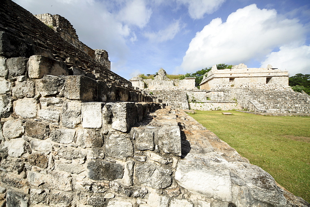 Steps to the Oval Palace, Mayan ruins, Ek Balam, Yucatan, Mexico, North America - 804-413