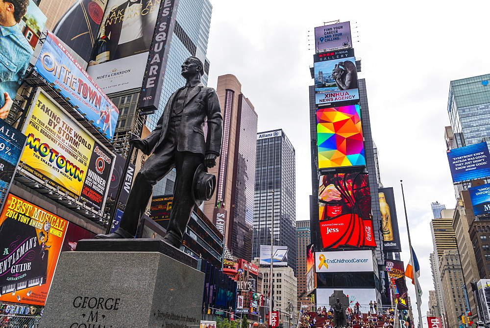 George M Cohan statue, Times Square, Theatre District, Midtown, Manhattan, New York City, New York, United States of America, North America