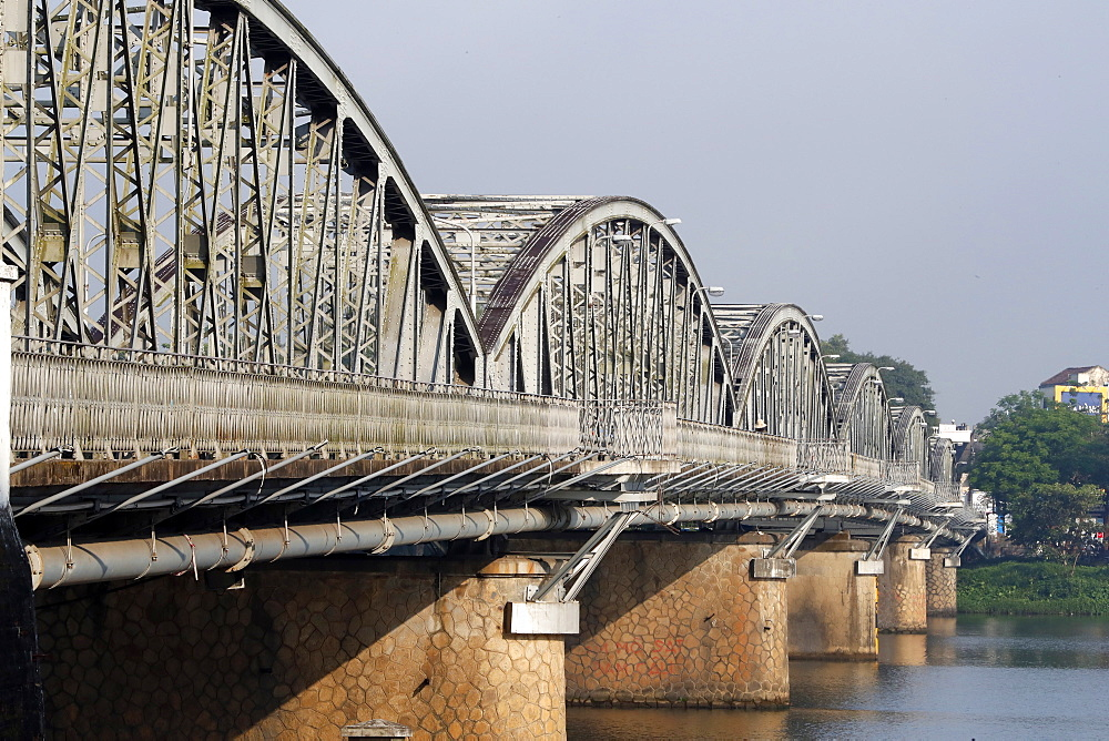 The famous Trang Tien bridge built by Gustave Eiffel, Hue, Vietnam, Indochina, Southeast Asia, Asia - 809-7859