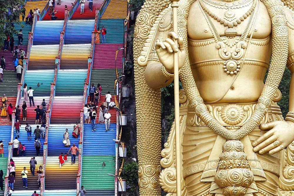 Entrance with the giant statue of Murugan, the Hindu God of War, Hindu Temple and Shrine of Batu Caves, Kuala Lumpur, Malaysia, Southeast Asia, Asia