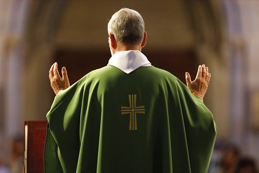 Basilica of Our Lady of Geneva, Sunday Mass, Eucharist celebration, Geneva, Switzerland, Europe - 809-8083