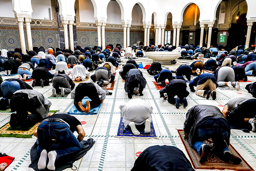 First Friday prayer at the Paris Great Mosque after COVID-19 lockdown, Paris, France, Europe
