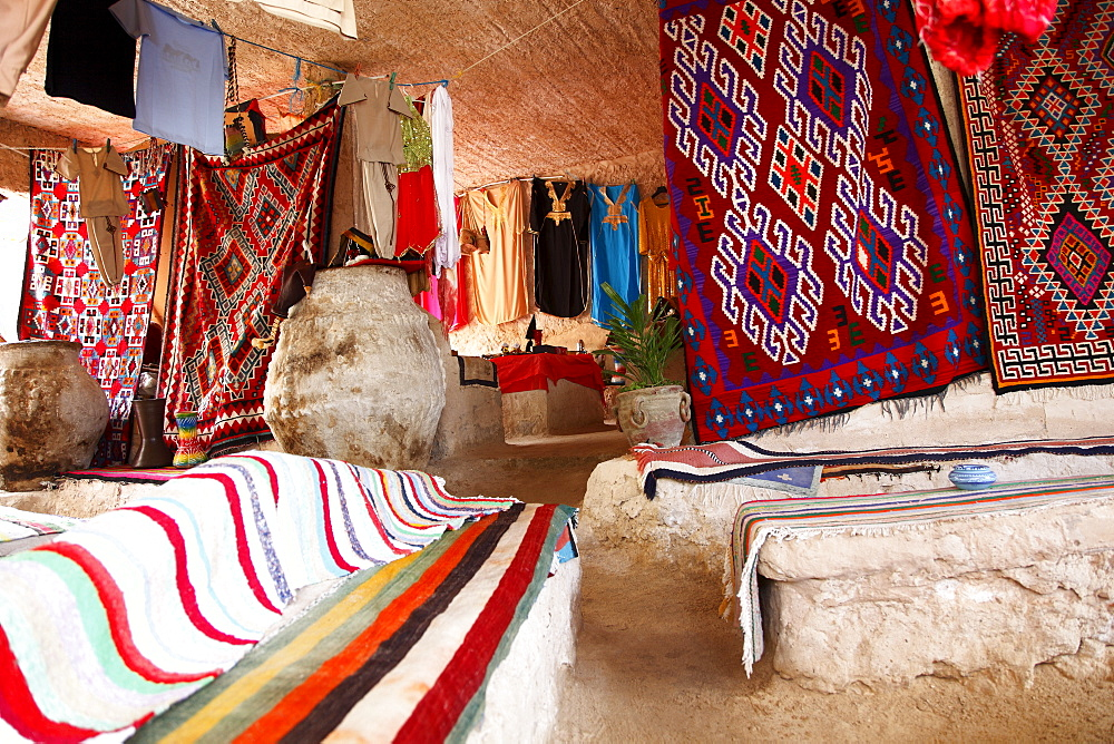 Display of local cloths and carpets, Mides Oasis, Tunisia, North Africa, Africa - 813-165