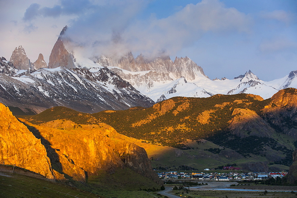 View of Mount Fitzroy near El Chalten at sunrise, Los Glaciares National Park, UNESCO World Heritage Site, Patagonia, Argentina, South America