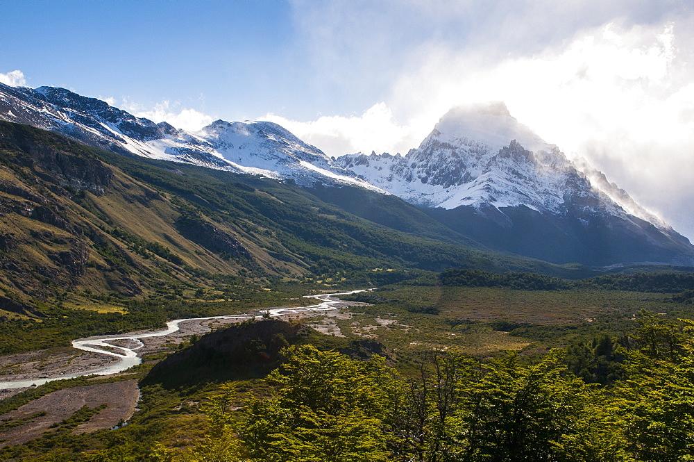 Mount Fitzroy, El Chalten, Los Glaciares National Park, UNESCO World Heritage Site, Patagonia, Argentina, South America