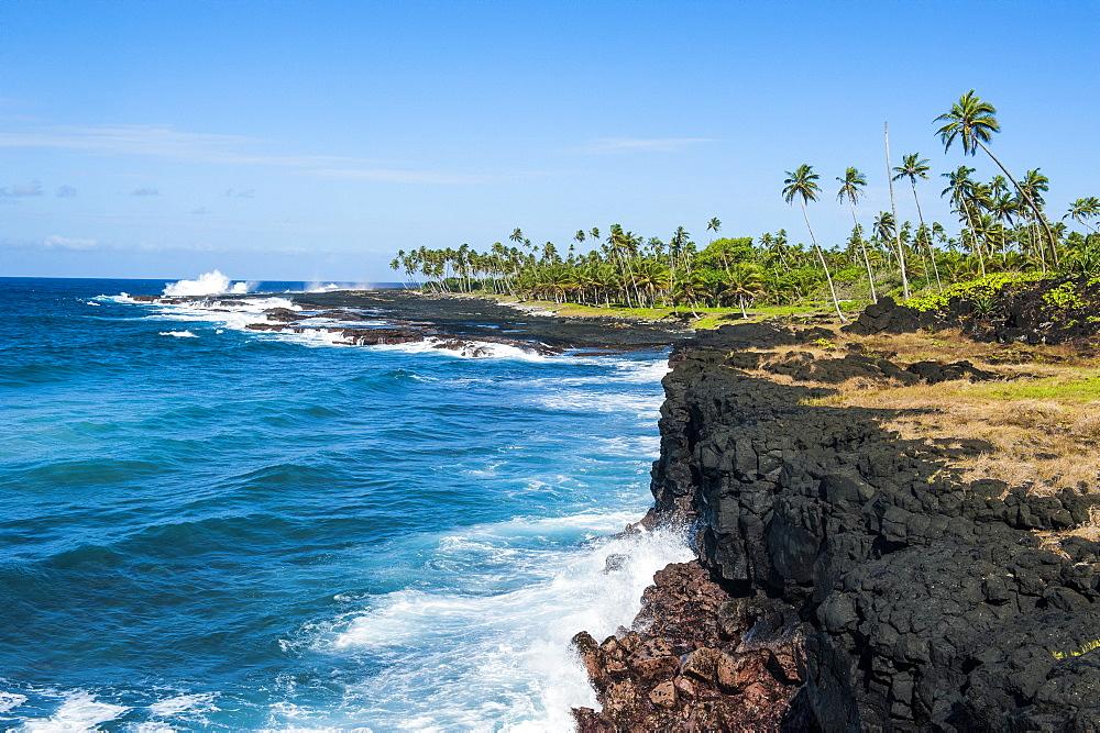 Rocky south coast near the Alofaaga blowholes on the south of Savaii, Samoa, South Pacific, Pacific