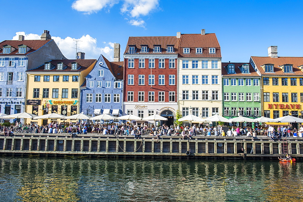 Nyhavn, 17th century waterfront, Copenhagen, Denmark, Scandinavia, Europe