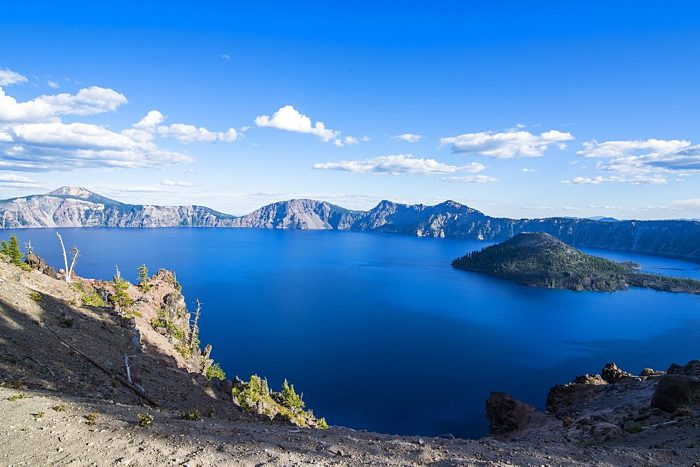 Late afternoon light on the Crater Lake of the Crater Lake National Park, Oregon, United States of America, North America