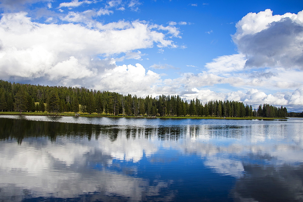 Clouds reflecting in the Yellowstone River, Yellowstone National Park, UNESCO World Heritage Site, Wyoming, United States of America, North America