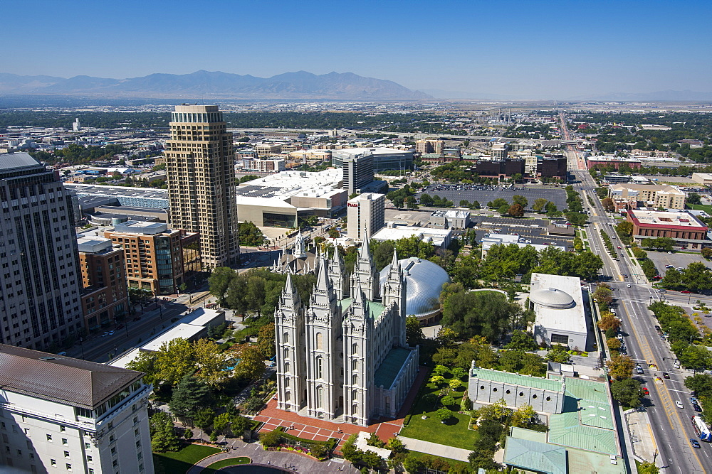 Overlook over Salt Lake City and the Mormon Assembly Hall, Salt Lake City, Utah, United States of America, North America