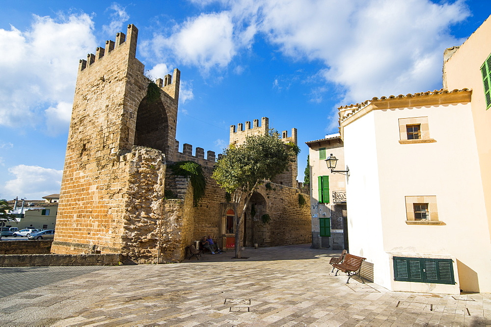 Gate of the city walls in Alcudia, Mallorca, Balearic Islands, Spain, Mediterranean, Europe
