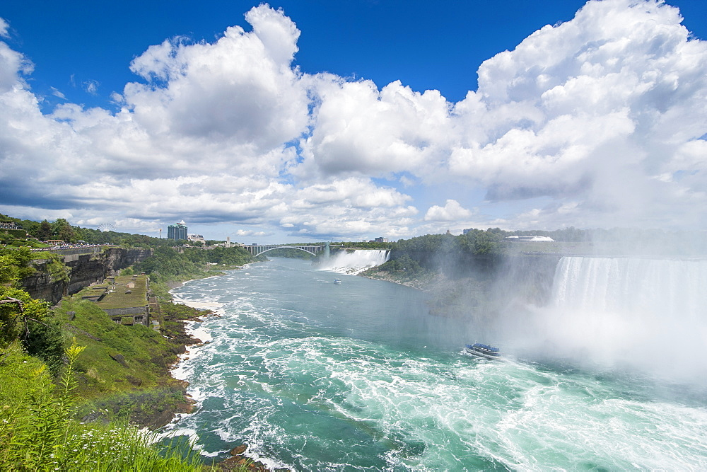 View over the America Falls and the Bridal Veil Falls, Niagara Falls, Ontario, Canada, North America