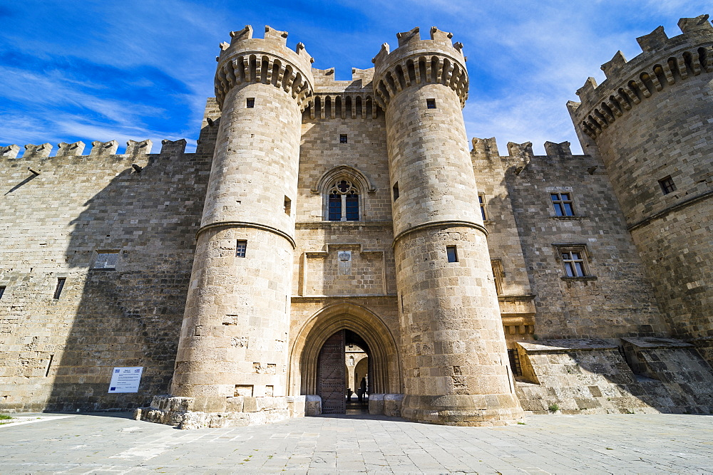 Palace of the Grand Master, the Medieval Old Town, UNESCO World Heritage Site, City of Rhodes, Rhodes, Dodecanese Islands, Greek Islands, Greece, Europe