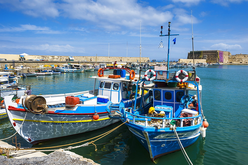 Fishing boats in the old harbour of Heraklion, Crete, Greek Islands, Greece, Europe
