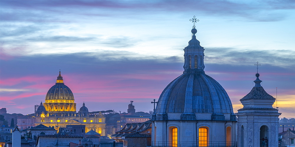 Italy, Lazio, Rome, Ponte, Church of San Salvatore in Lauro and St. Peter's Basilica beyond