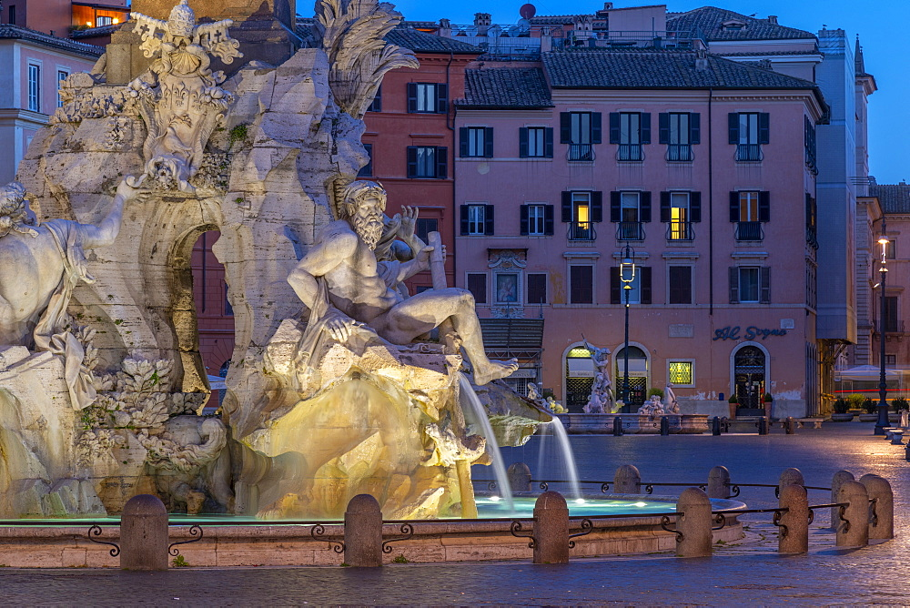 Fontana dei Quattro Fiumi (Fountain of the Four Rivers), River God Ganges, Piazza Navona, Ponte, Rome, Lazio, Italy, Europe