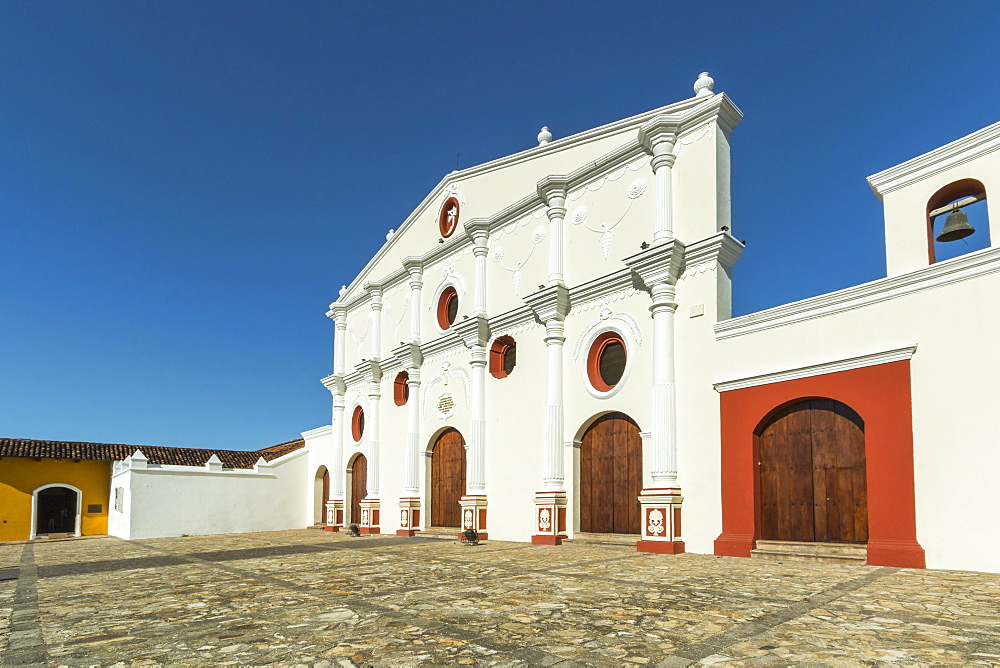 Famous facade of the Museum and Convent of San Francisco dating from 1529, the oldest church in Central America, Granada, Nicaragua, Central America