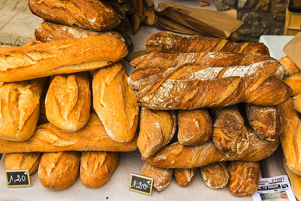 Bread for sale on popular Thursday market day in this south western historic bastide town, Eymet, Bergerac, Dordogne, France, Europe