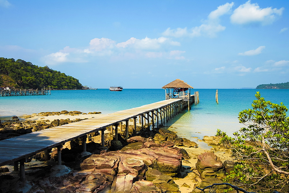 Pier at the beautiful white sand beach on this holiday island; Saracen Bay, Koh Rong Sanloem Island, Sihanoukville, Cambodia