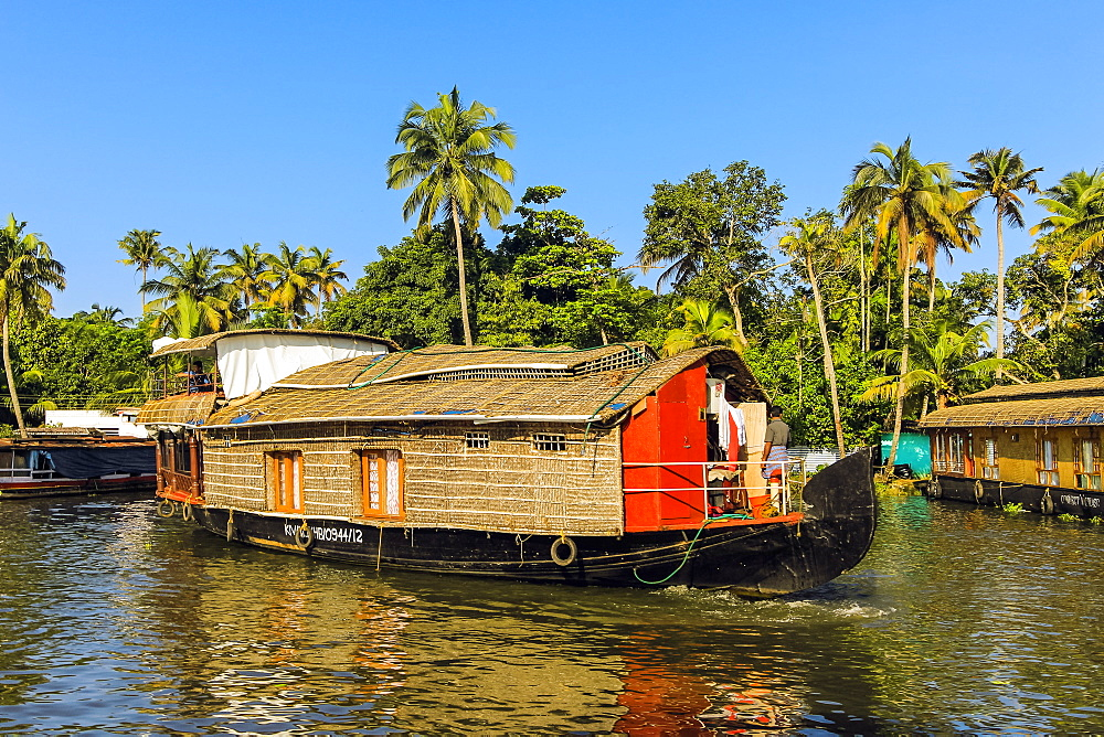 Kerala houseboat, an old rice, spice or goods barge converted for popular backwater cruises, Alappuzha (Alleppey), Kerala, India, Asia