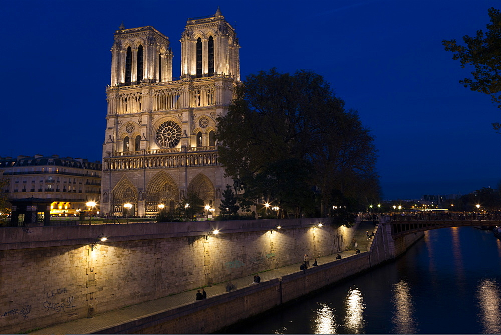 Notre Dame Cathedral and River Seine at night, Paris, France, Europe - 831-1515