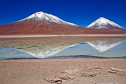Laguna Verde and Licancabur volcano on the right, Bolivia near the border to Chile, South America