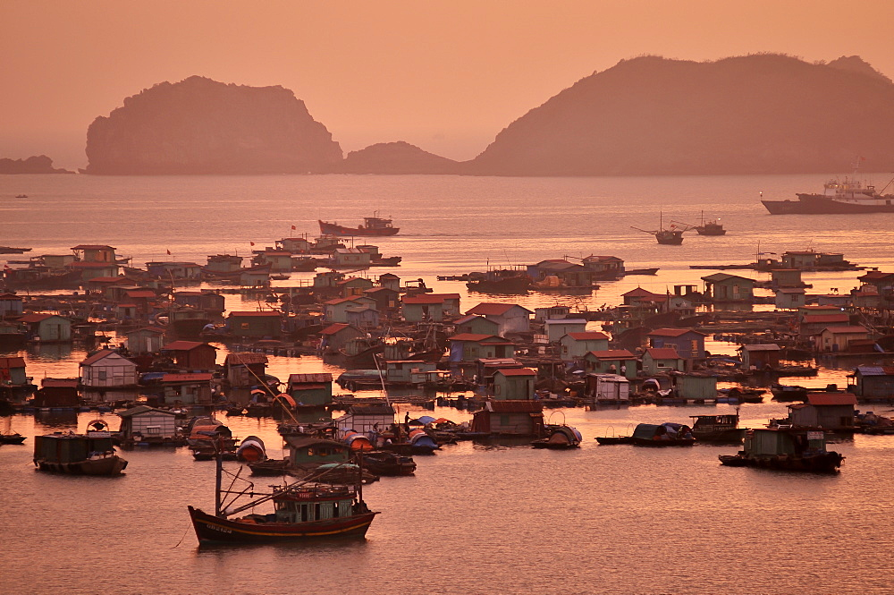 Harbour of Cat Ba, Halong Bay, Vietnam, Southeast Asia