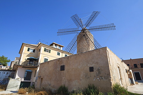 Historic windmill of Es Jonquet in the old town of Palma, Mallorca, Museum, Balearic Islands, Spain, Europe