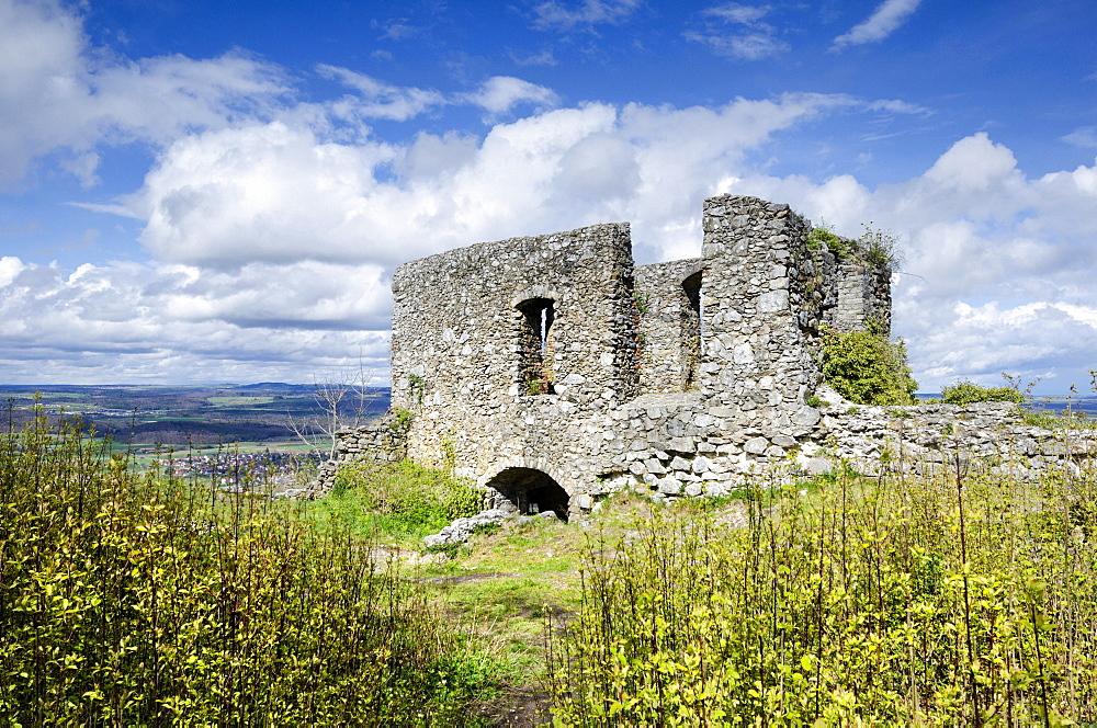 Ruins of Maegdeberg Castle above Muehlhausen-Ehingen in Hegau, Baden-Wuerttemberg, Germany, Europe