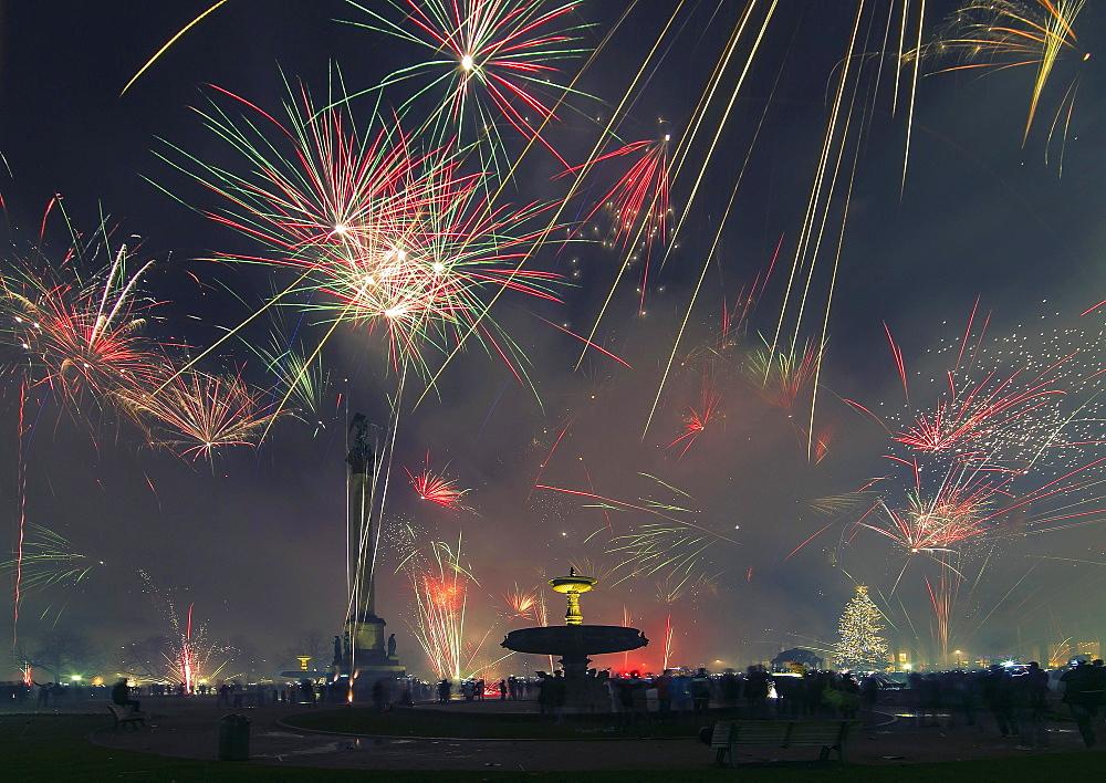 Fireworks, turn of the year, Schlossplatz, Stuttgart, Baden-Württemberg, Germany, Europe - 832-380323