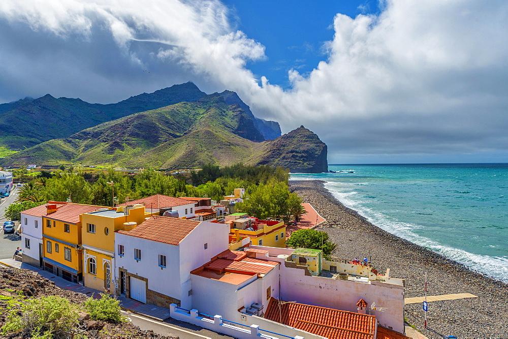 Houses and Parque Ruben Perez on Charco de la Aldea, Los Caserones, Gran Canaria, Spain, Europe