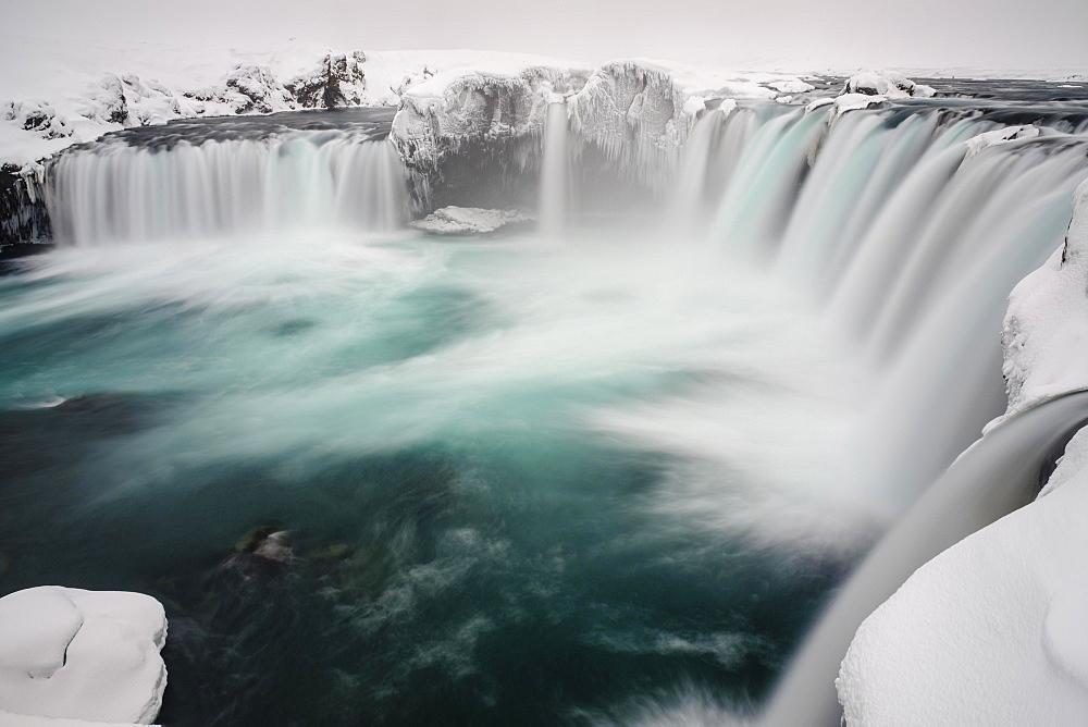 Góðafoss Waterfall, waterfall of the Gods, Godafoss in winter with snow and ice, Northwestern Region, North Iceland, Iceland, Europe