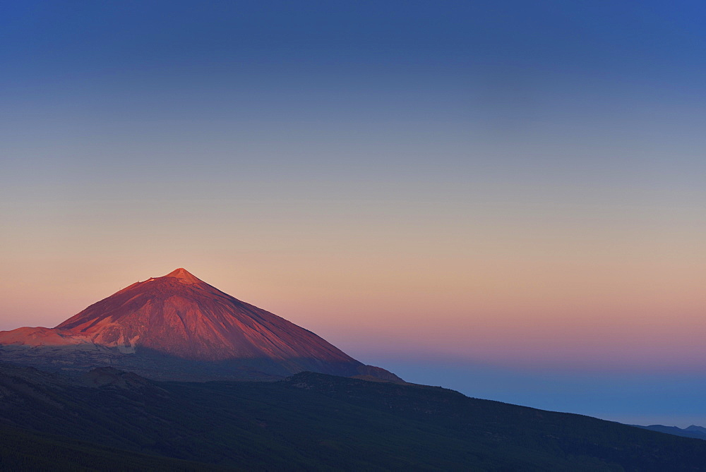Pico del Teide at sunrise, Mount Teide, Teide National Park, Tenerife, Canary Islands, Spain, Europe