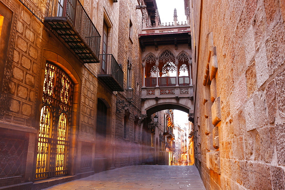 Bridge of Sighs, Gothic Quarter, Barcelona, Spain, Europe