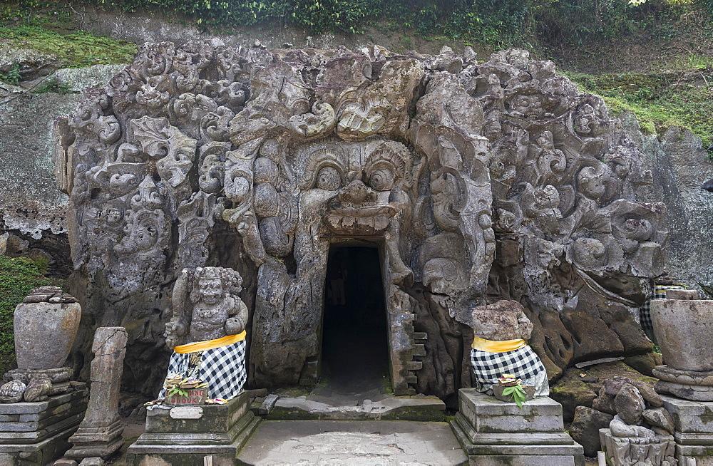 Sanctum, Elephant Cave Goa Gajah, stone carvings of Hindu gods, Ubud, Bali, Indonesia, Asia