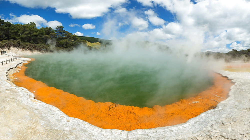 Champagne Pool, hot thermal spring, Waiotapu, Waiotapu, Roturoa, North Island, New Zealand, Oceania