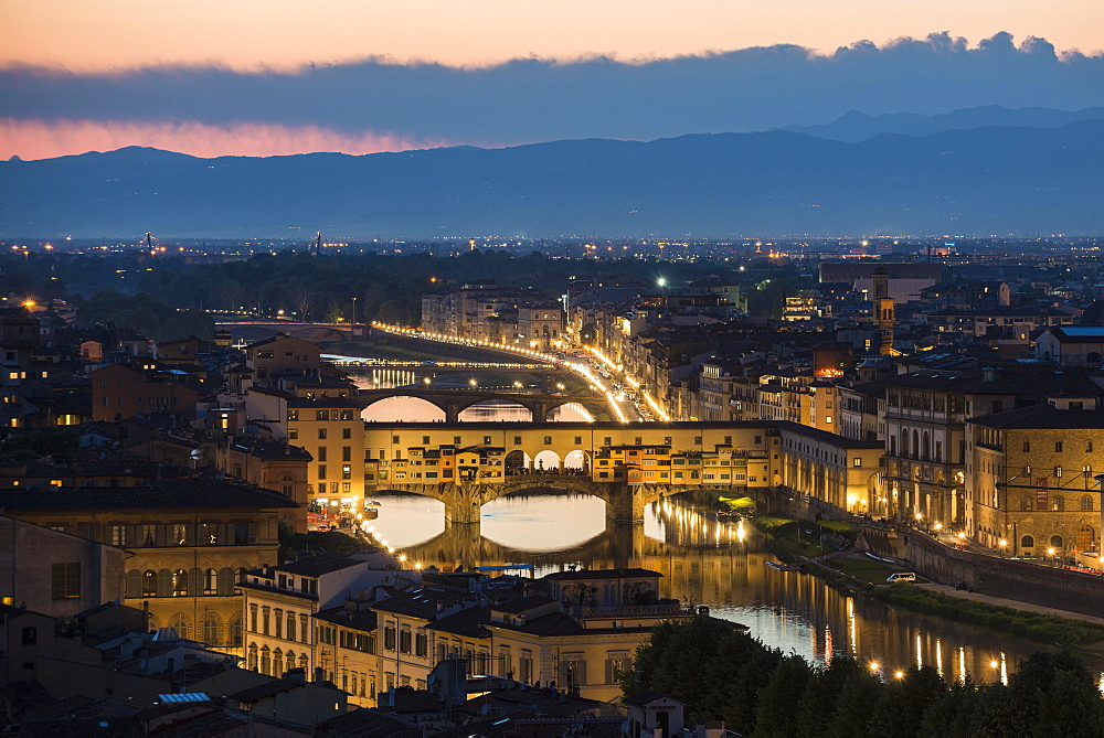 Panoramic view from Piazzale Michelangelo, cityscape in the evening, Ponte Vecchio and river Arno, Florence, Tuscany, Italy, Europe