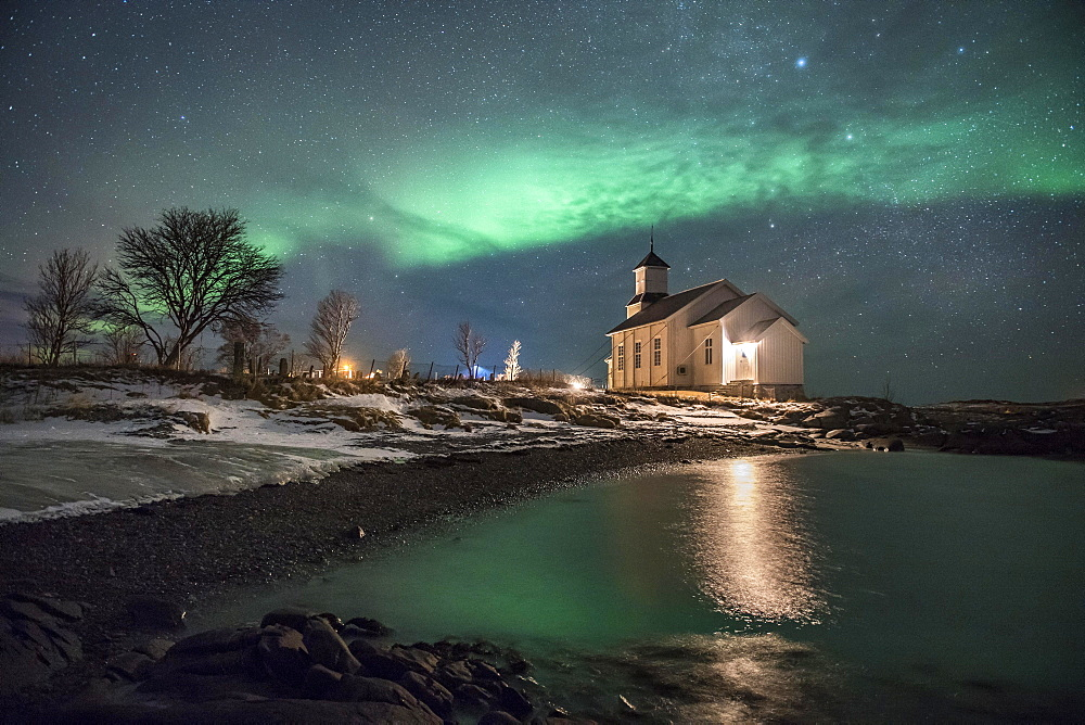 Northern lights over church of Gimsoy, Gimsoykirke, Gimsoy, Lofoten, Norway, Europe