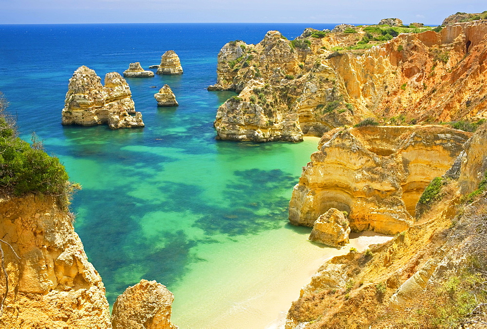 Rocky Camilo beach, Praia do Camilo, Lagos, Algarve, Portugal, Europe
