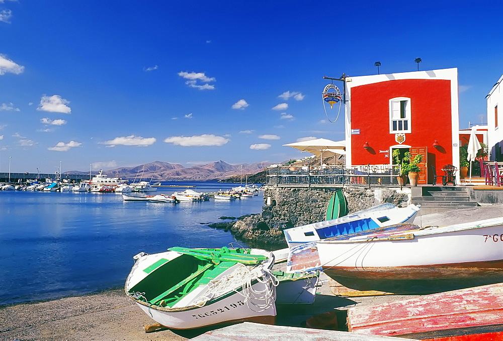 Boats at the harbor, Puerto Carmen, Lanzarote, Canary Islands, Spain, Europe