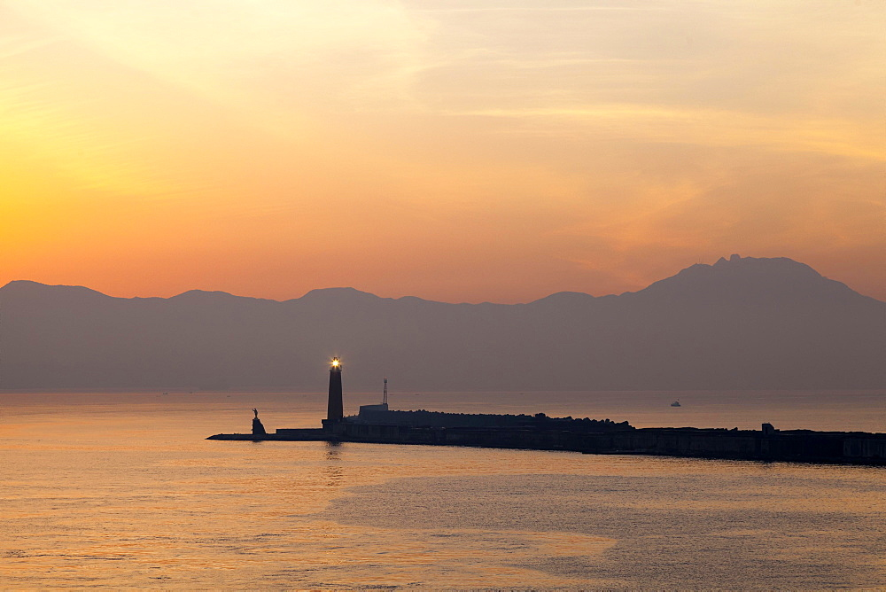 Molo San Vincenzo, harbor entrance at sunrise, Naples, Campania, Italy, Europe