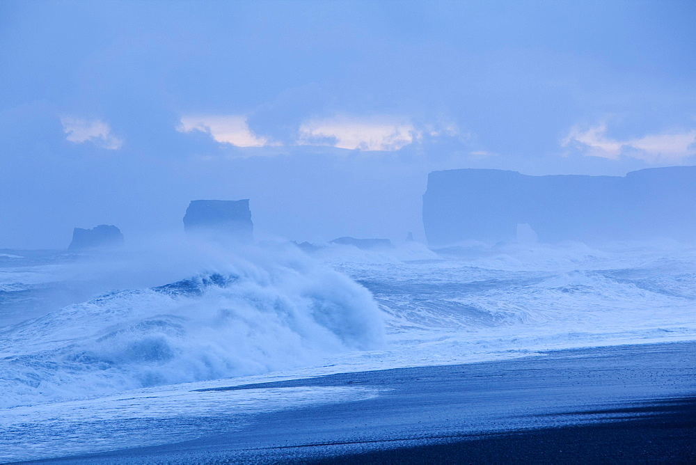 Swell at Cape Dyrholaey, Vik, Southern Region, Iceland, Europe
