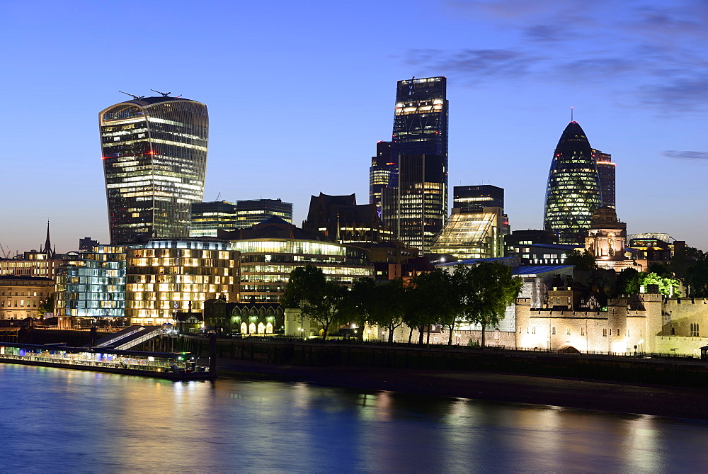 City centre with skyscrapers, 20 Fenchurch Street, Leadenhall Building and 30 St Mary Axe or The Gherkin, Thames, London, England, United Kingdom, Europe