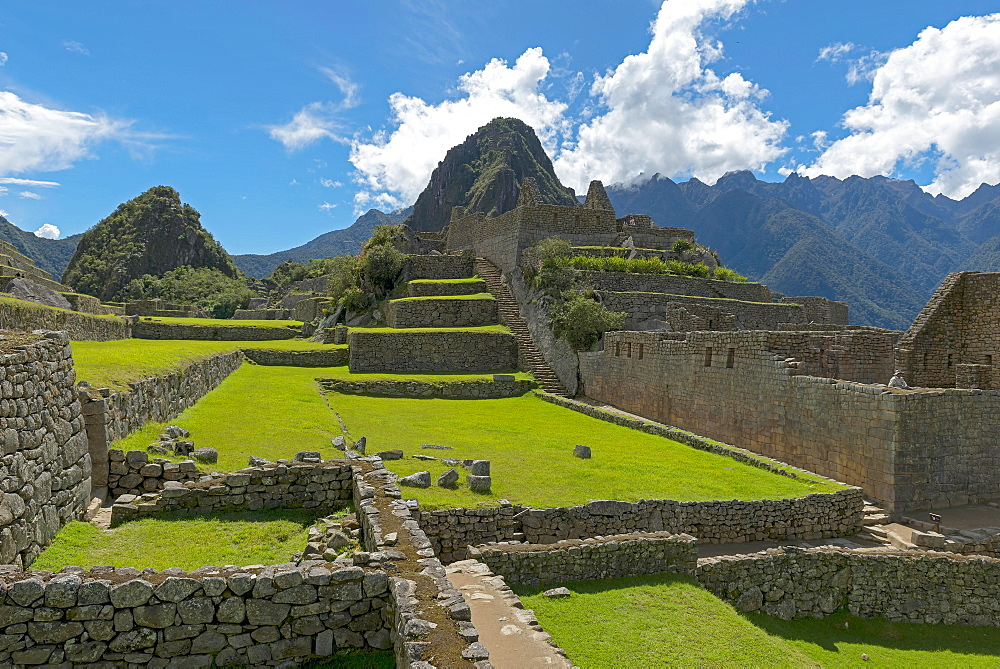 Ruins of Machu Picchu, UNESCO World Heritage Site, Peru, South America